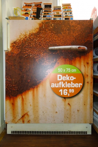 Deko-Aufkleber als Kühlschrank-Cover